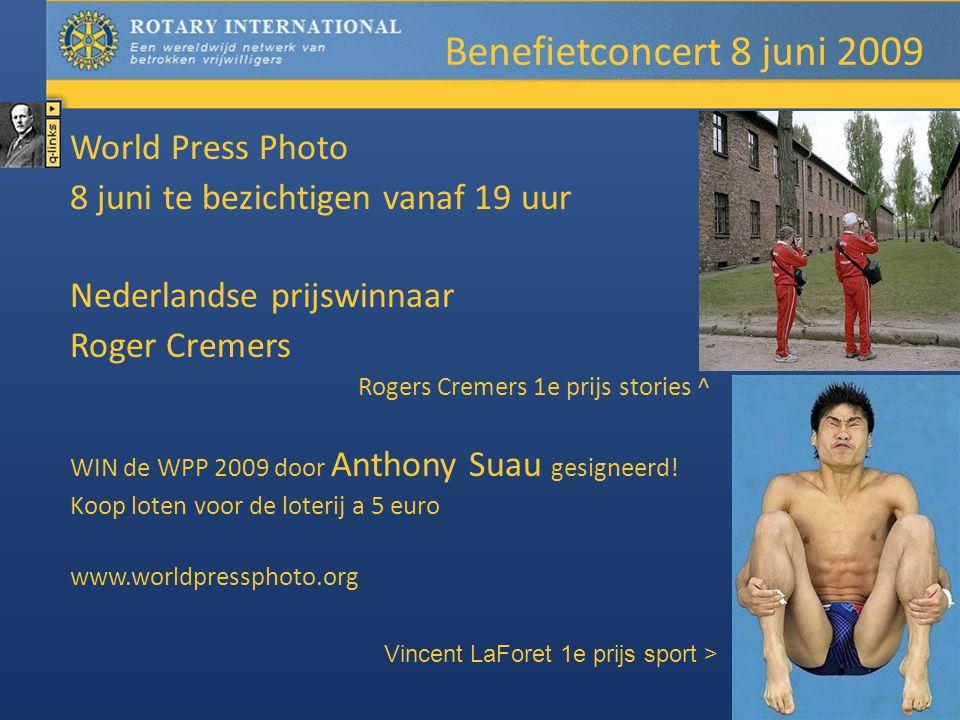 World Press Photo 8 juni te bezichtigen vanaf 19 uur Nederlandse prijswinnaar Roger Cremers Rogers Cremers 1e prijs stories ^ WIN de WPP 2009 door Anthony Suau gesigneerd.