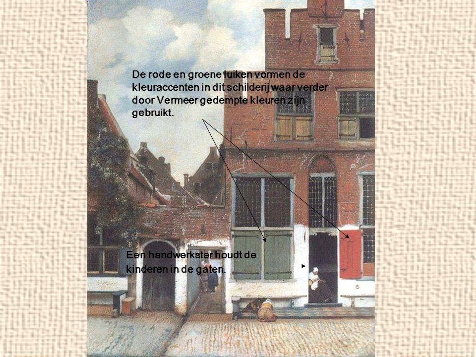 De rode en groene luiken vormen de kleuraccenten in dit schilderij waar verder door Vermeer gedempte kleuren zijn gebruikt. Een handwerkster houdt de
