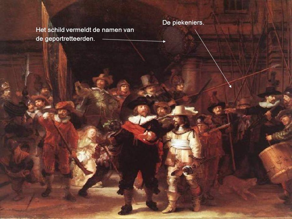 Het schild vermeldt de namen van de geportretteerden. De piekeniers.