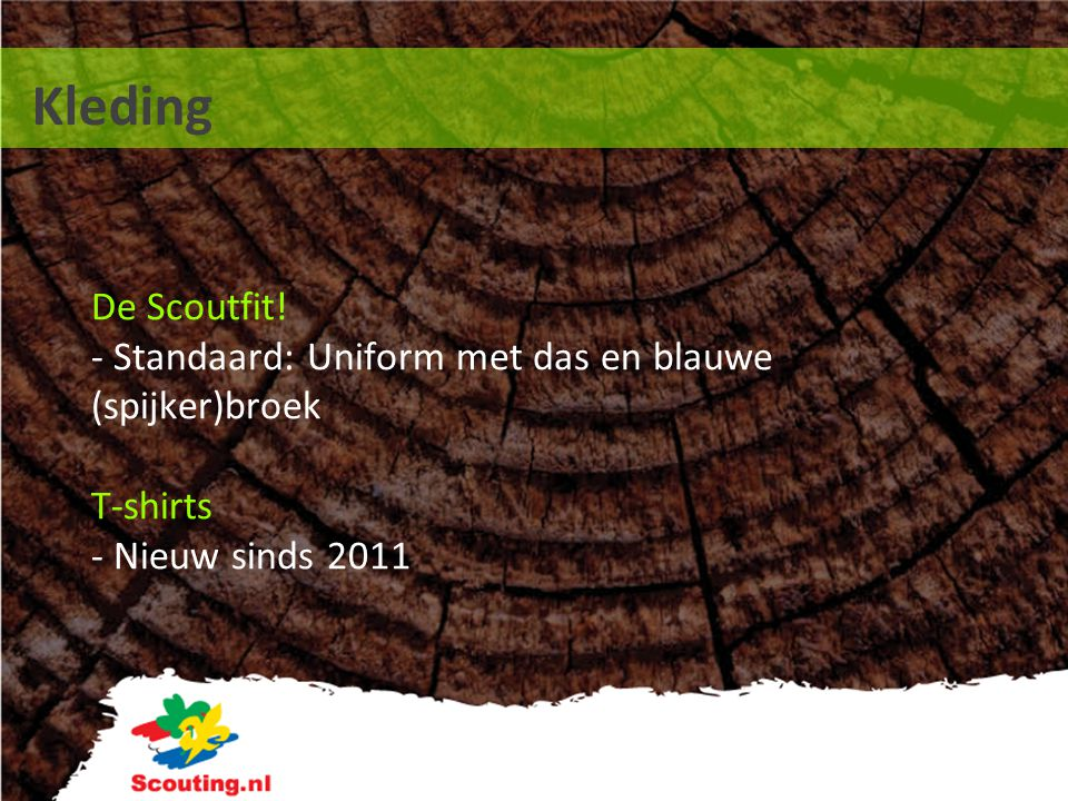 Kleding De Scoutfit! - Standaard: Uniform met das en blauwe (spijker)broek T-shirts - Nieuw sinds 2011