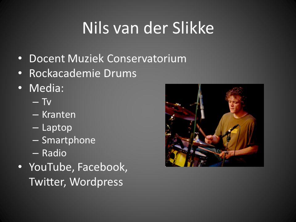 Opmerkingen Social media naast Facebook wordt voornamelijk gebruikt voor artiest doeleinden.