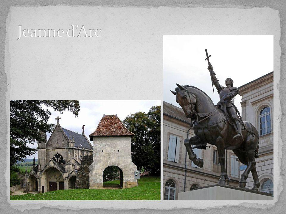 Vertrek 14 uur Rodemack  Bezoek Rodemack festival = op eigen houtje + avondmaal Vertrek 20.30 uur hotel ibis Metz  Vrije avond