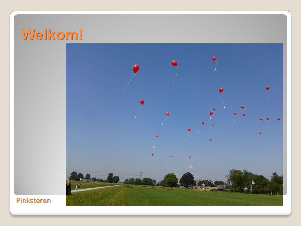 Pinksteren: het oplaten van rode ballonnen met een Pinkstergroet