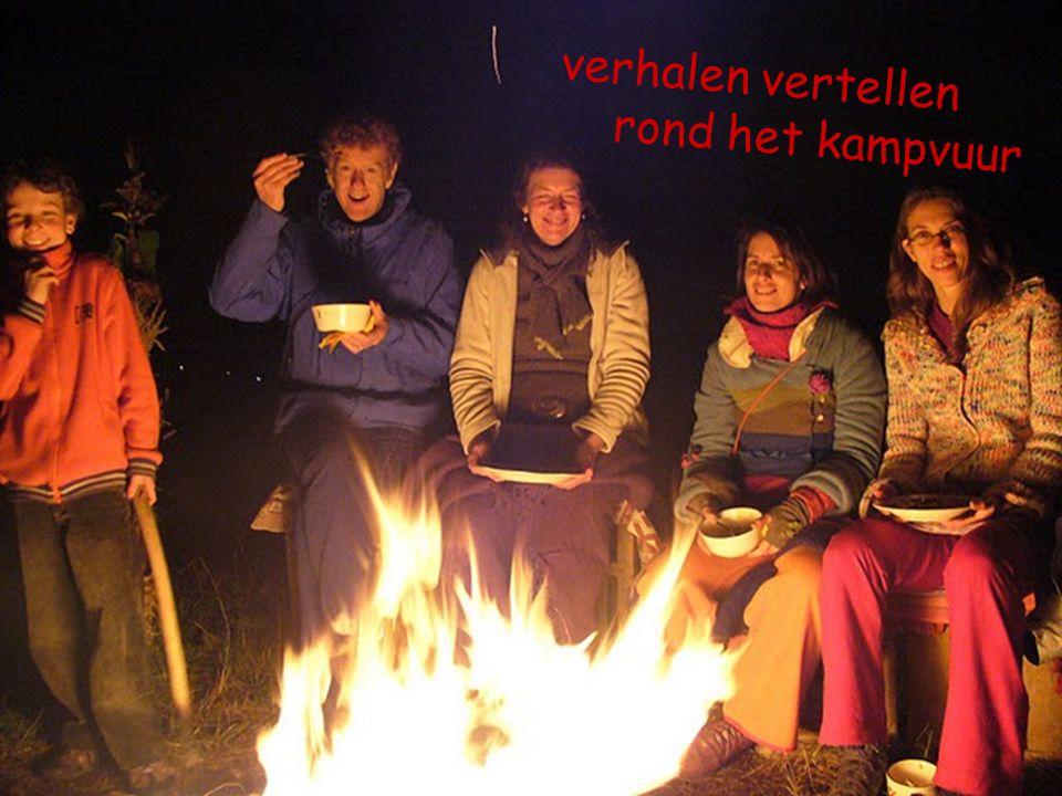 verhalen vertellen rond het kampvuur
