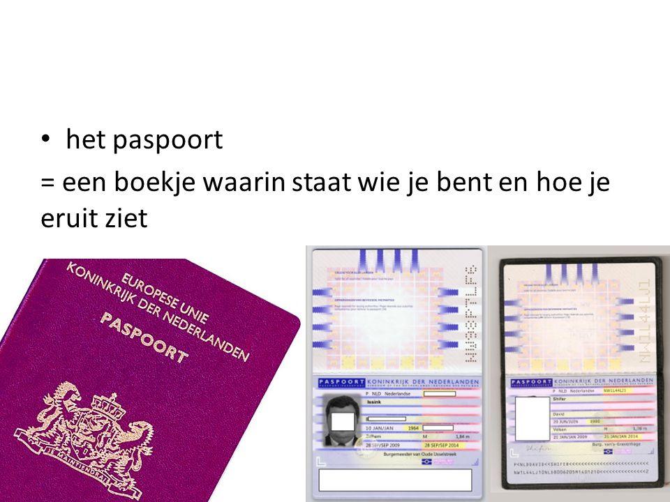 de douane de controle het paspoort