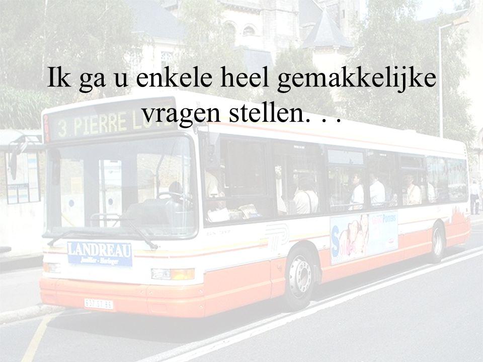 De bus rijdt verder...