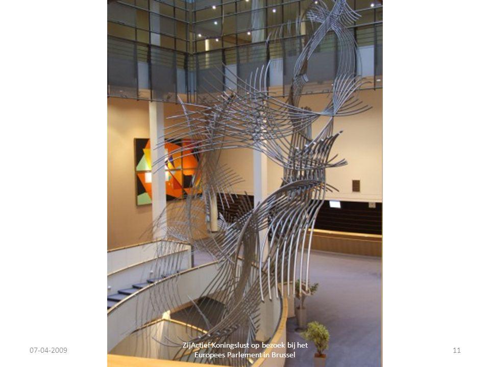 07-04-2009 ZijActief Koningslust op bezoek bij het Europees Parlement in Brussel 11