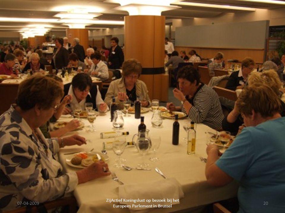 07-04-2009 ZijActief Koningslust op bezoek bij het Europees Parlement in Brussel 20