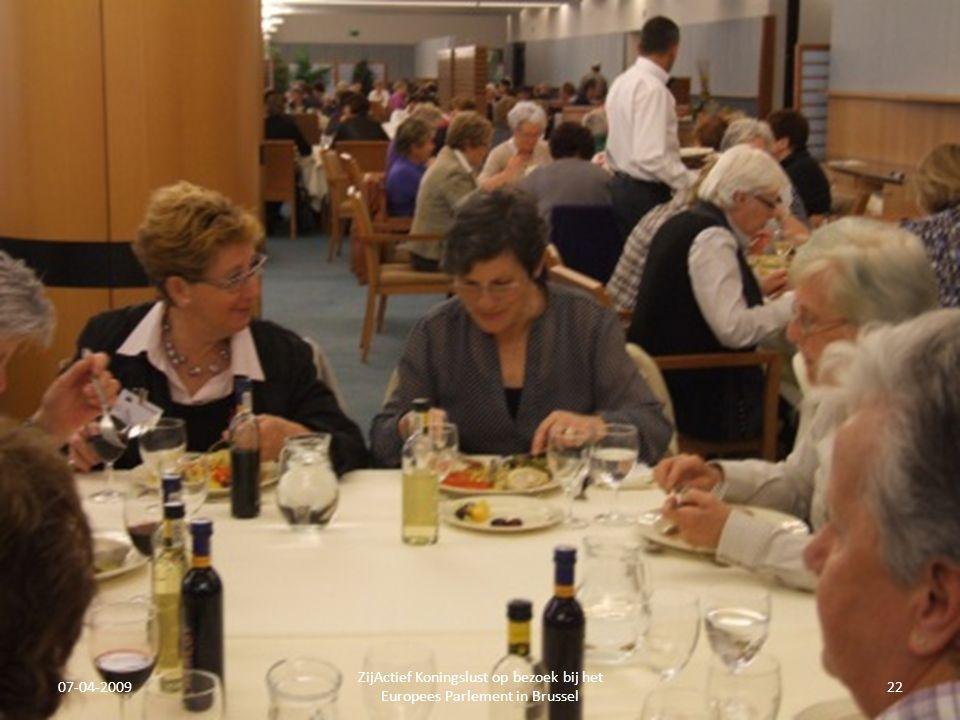 07-04-2009 ZijActief Koningslust op bezoek bij het Europees Parlement in Brussel 22