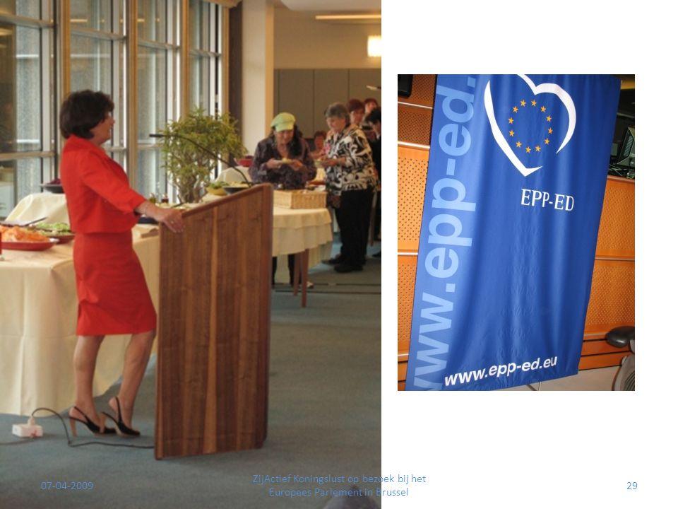 07-04-2009 ZijActief Koningslust op bezoek bij het Europees Parlement in Brussel 29