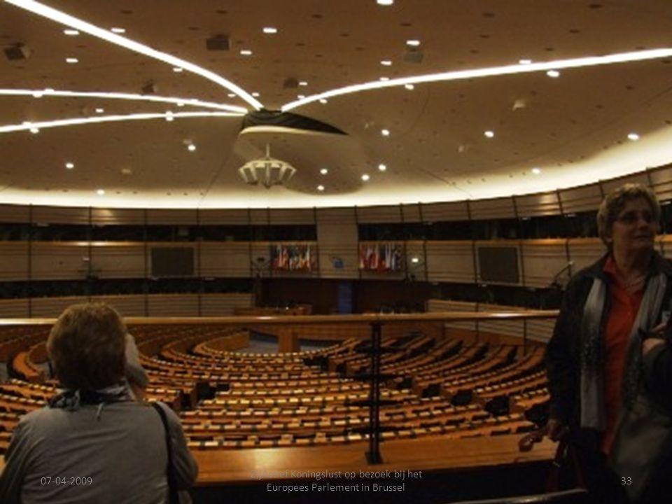 07-04-2009 ZijActief Koningslust op bezoek bij het Europees Parlement in Brussel 33