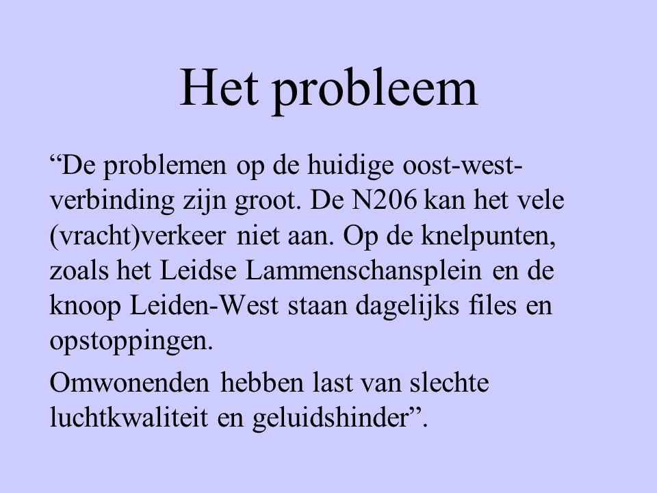 """Het probleem """"De problemen op de huidige oost-west- verbinding zijn groot. De N206 kan het vele (vracht)verkeer niet aan. Op de knelpunten, zoals het"""