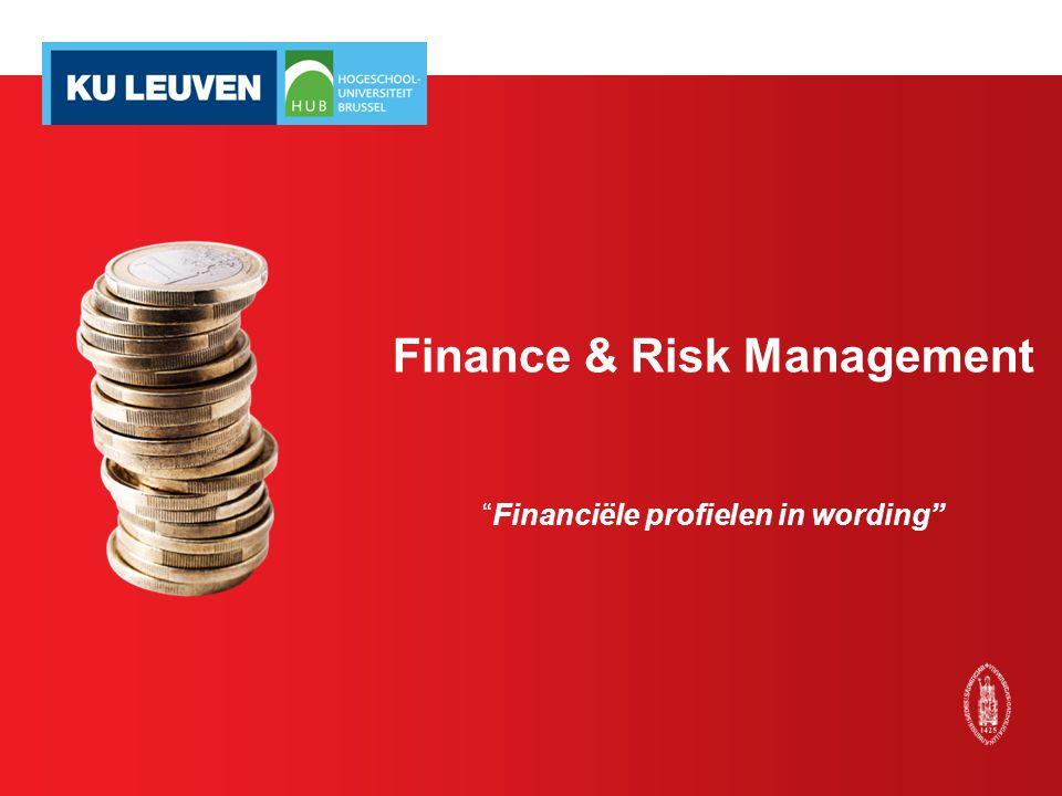 Afstudeerrichting F&R in MA (30 SP) Financial risk management (3 SP) Advanced portfolio management (6 SP) - Risicobeheer: zowel in financiële instellingen als andere ondernemingen - Institutioneel portfolio management - Geïntegreerde & uitdagend vakken Stefan Duchateau