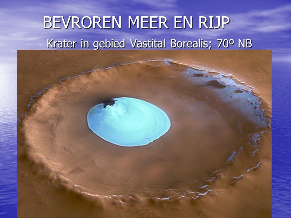BEVROREN MEER EN RIJP Krater in gebied Vastital Borealis; 70º NB BEVROREN MEER EN RIJP Krater in gebied Vastital Borealis; 70º NB