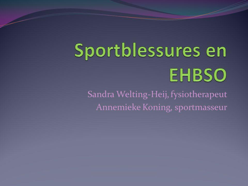 Sandra Welting-Heij, fysiotherapeut Annemieke Koning, sportmasseur