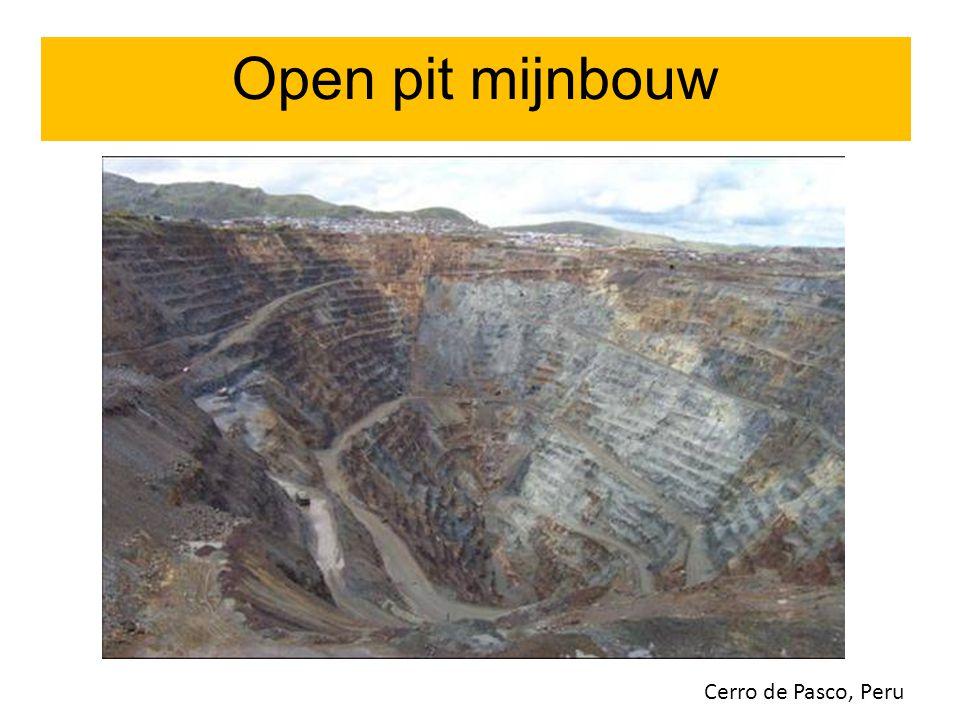 Open pit mijnbouw Cerro de Pasco, Peru Open pit mijnbouw