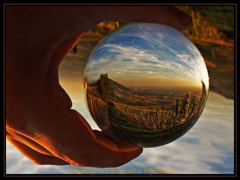 Een stukje van de wereld in mijn hand