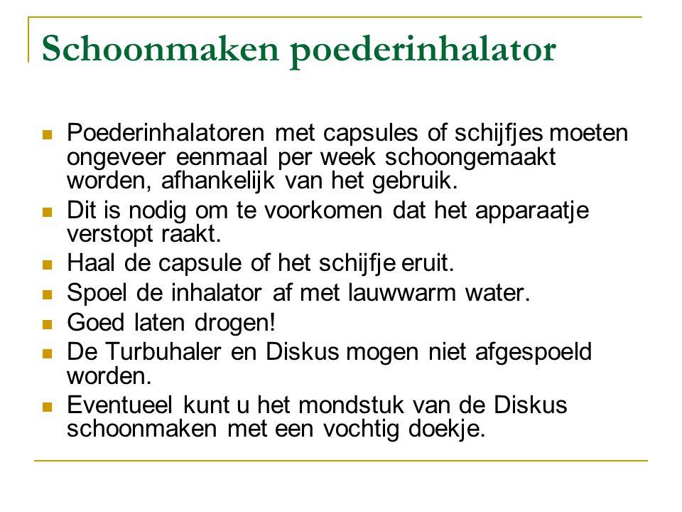 Schoonmaken poederinhalator Poederinhalatoren met capsules of schijfjes moeten ongeveer eenmaal per week schoongemaakt worden, afhankelijk van het geb
