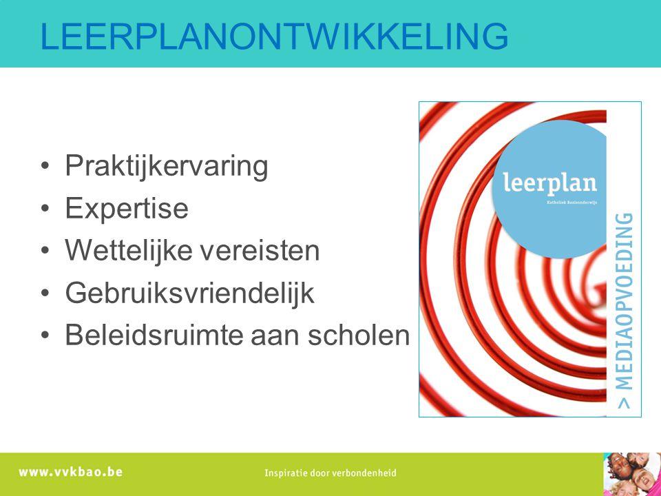 Ontwikkeling leerplan media-opvoeding Consultatie veld en experten (input) Studiewerk Beleidsdiscours mediawijsheid Redactie concepten Consultatie en bijsturing Try-outs Eindredactie