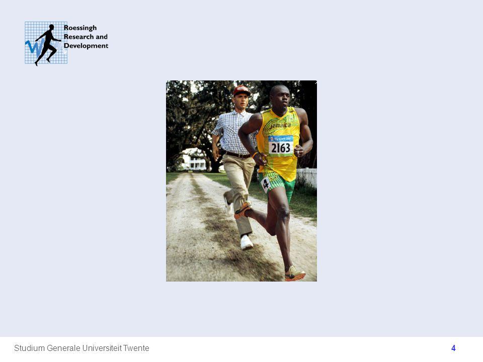 Studium Generale Universiteit Twente Implicaties gewichtsverdeling Schoenen –Des te lichter de schoenen, des te makkelijker deze te versnellen en te vertragen zijn (100 gram scheelt 1 a 2 % in VO2) –Trade off met demping –Wedstrijdschoenen (afhankelijk van afstand) Been als slinger –Hoe lichter het been, hoe makkelijk het te bewegen is –Beenopzwaai achter Arm als slinger –Gebogen armen 25