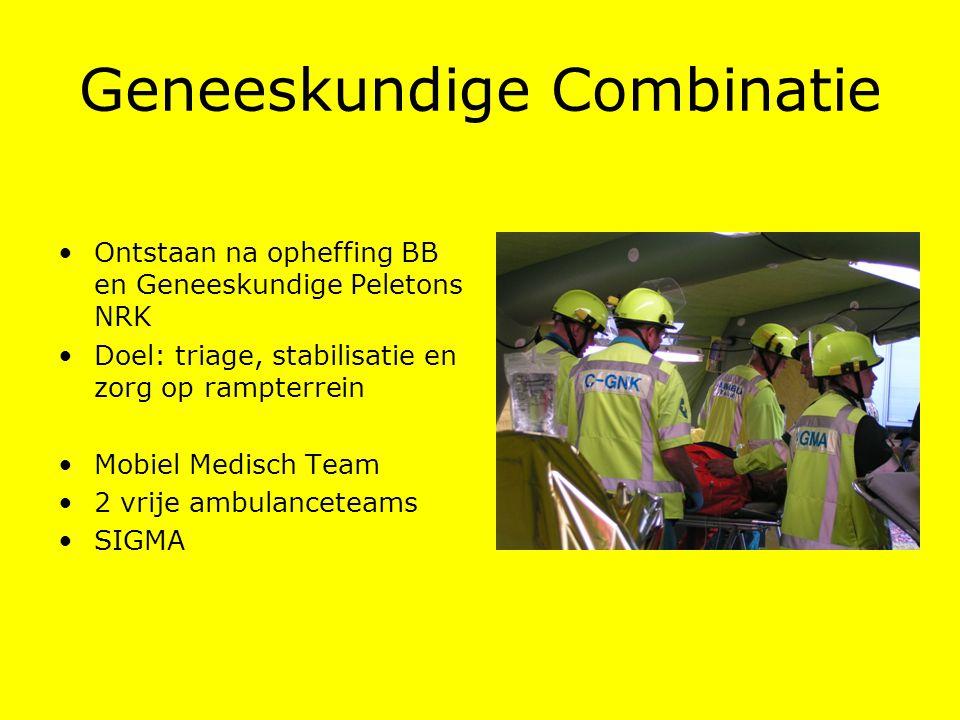 Geneeskundige Combinatie Ontstaan na opheffing BB en Geneeskundige Peletons NRK Doel: triage, stabilisatie en zorg op rampterrein Mobiel Medisch Team