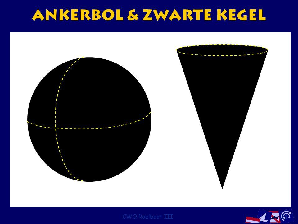 CWO Roeiboot III121 Ankerbol & zwarte kegel