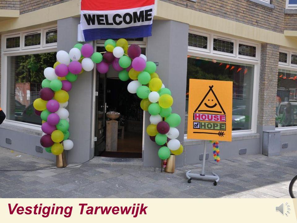 Waar is House of Hope actief? Tarwewijk - 11.000 inwoners Sinds 2004: > 1.250 wijkcontacten Hoofdvestiging Katendrecht - 4.000 inwoners Sinds 2007: ca