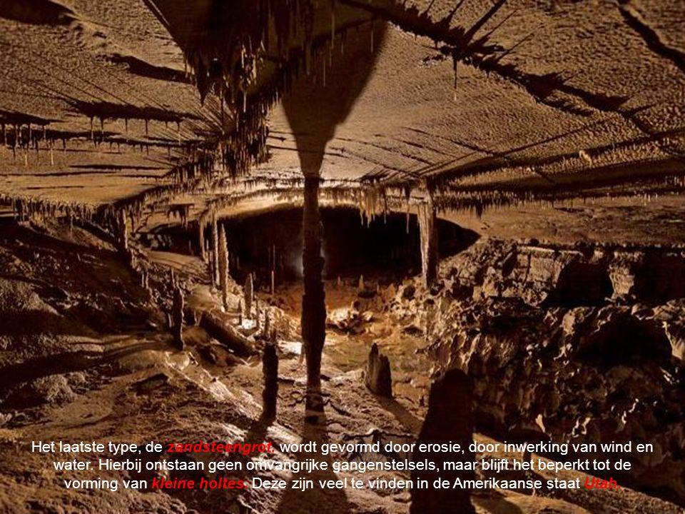 Het tweede type grot ontstaat in vulkanisch gesteente.