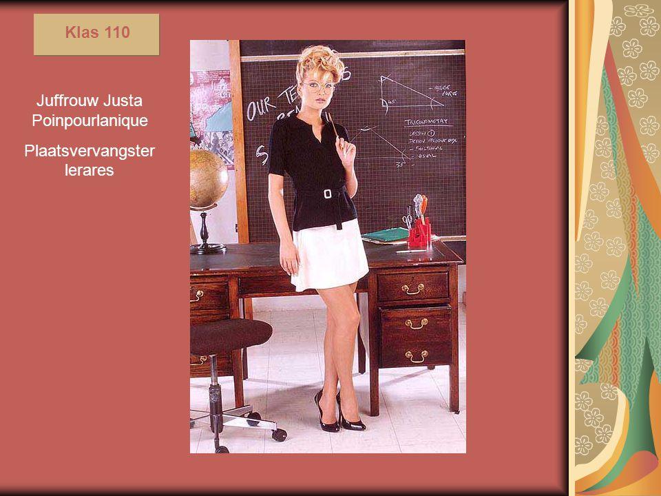 """De bijnaam die door haar leerlingen aan haar is gegeven """"Kleine lieve poes"""" is gerelateerd aan de gebruiks- voorwerpen in haar lessen."""