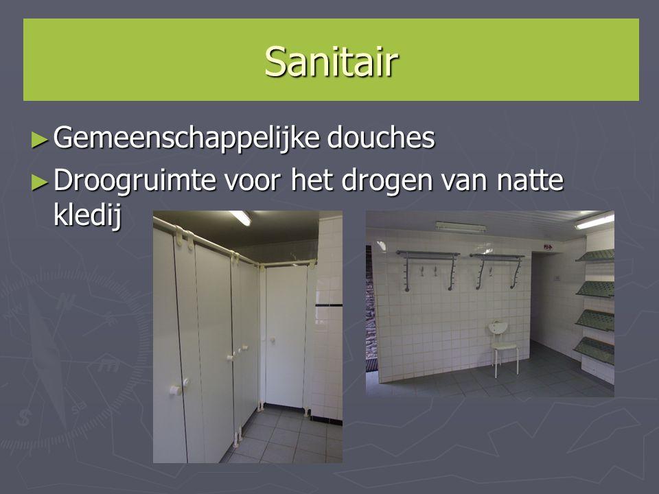 Sanitair ► Gemeenschappelijke douches ► Droogruimte voor het drogen van natte kledij