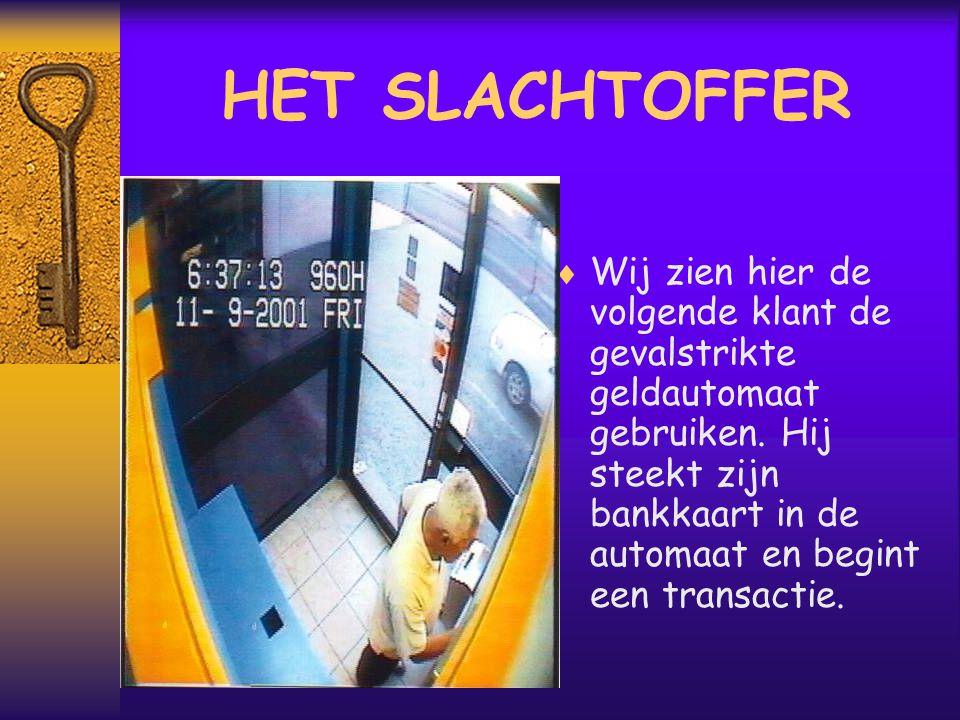 LA CAPTURE  De bankkaart werd gevangen en de klant vraagt zich af waarom.