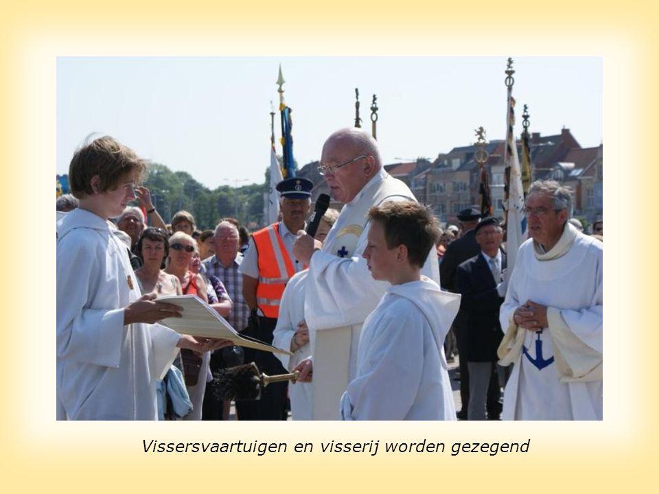De West-Vlaamse Gouverneur is bij alle vissershuldes aanwezig