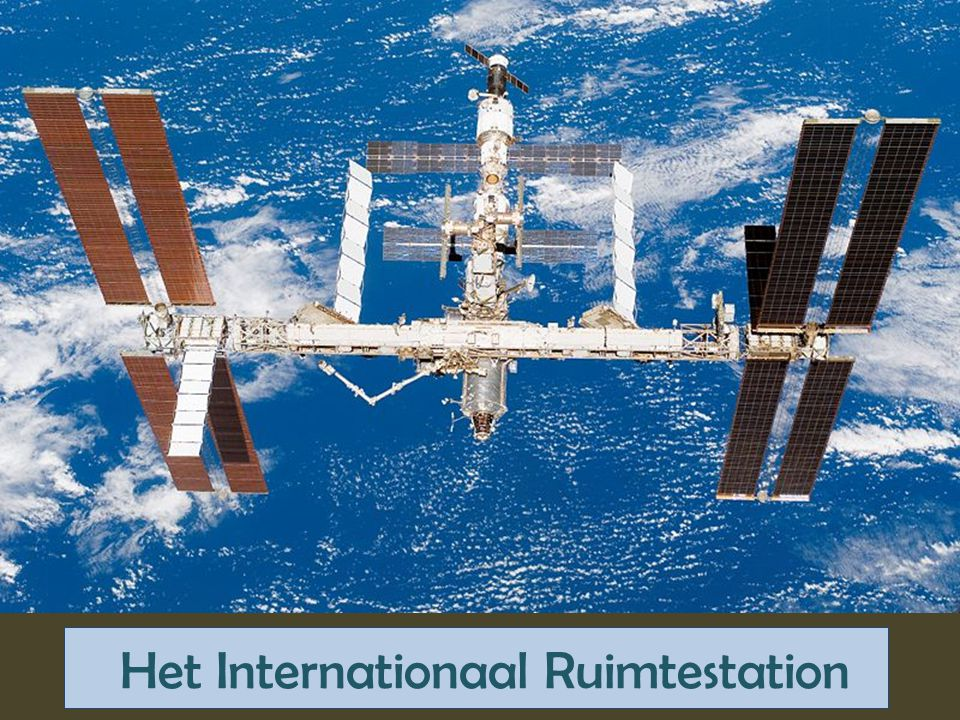 Foto's vanuit het ruimtestation Van Koesveld 2011/2012