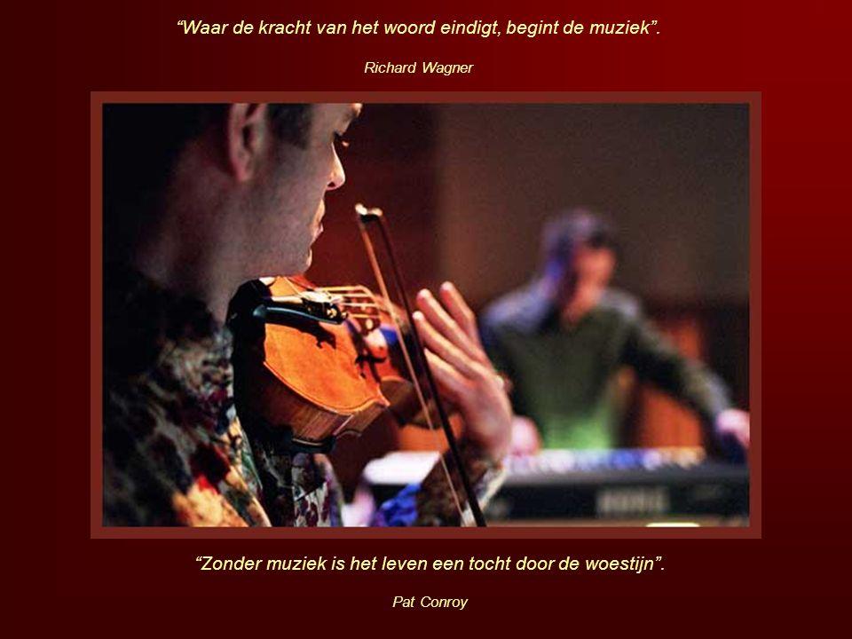 """""""Zachte muziek wordt honderd mijl ver gehoord"""". Chinees gezegde """"Van muziek houden is zich een kwart van zijn geluk reserveren"""". Jules Renard"""