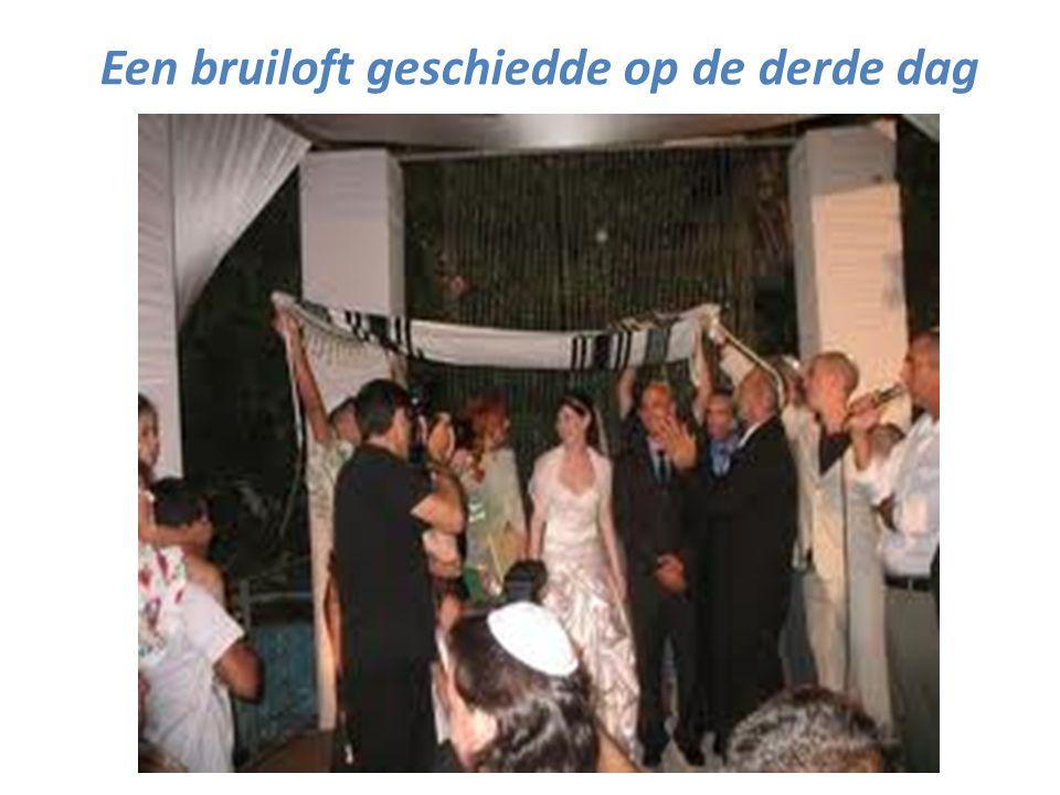 Een bruiloft geschiedde op de derde dag
