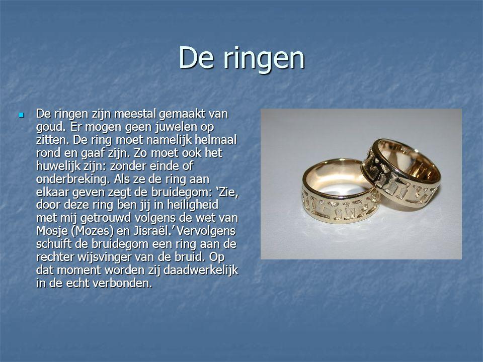 De ringen De ringen zijn meestal gemaakt van goud.
