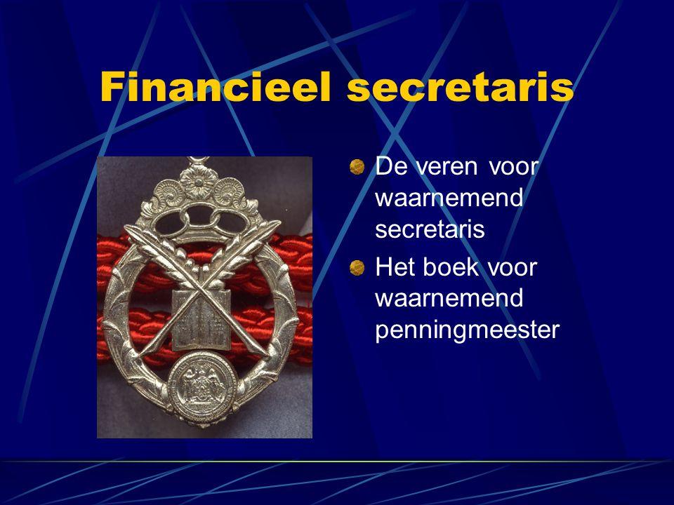 Financieel secretaris De veren voor waarnemend secretaris Het boek voor waarnemend penningmeester
