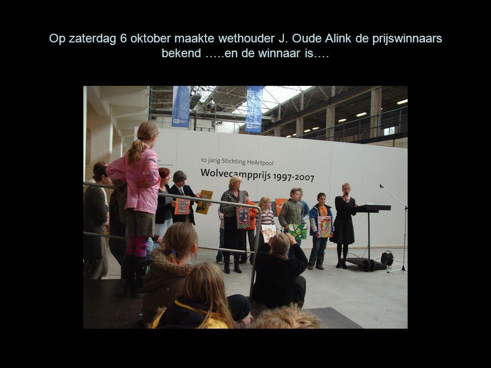 Op zaterdag 6 oktober maakte wethouder J. Oude Alink de prijswinnaars bekend …..en de winnaar is….