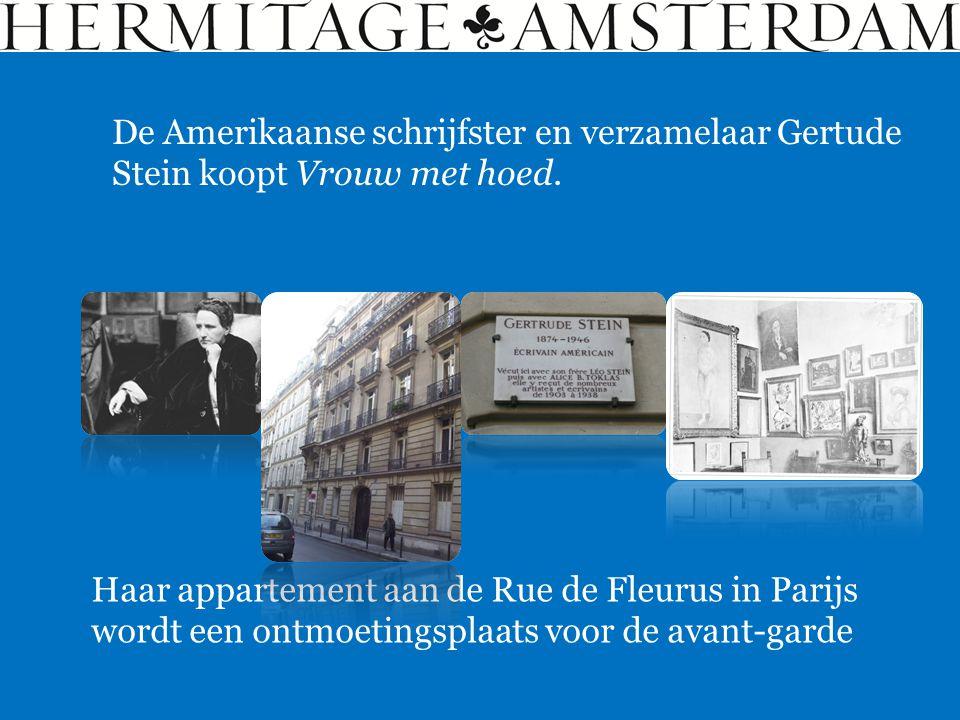 De Amerikaanse schrijfster en verzamelaar Gertude Stein koopt Vrouw met hoed. Haar appartement aan de Rue de Fleurus in Parijs wordt een ontmoetingspl