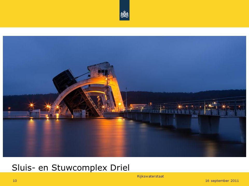 Rijkswaterstaat 1016 september 2011 Sluis- en Stuwcomplex Driel