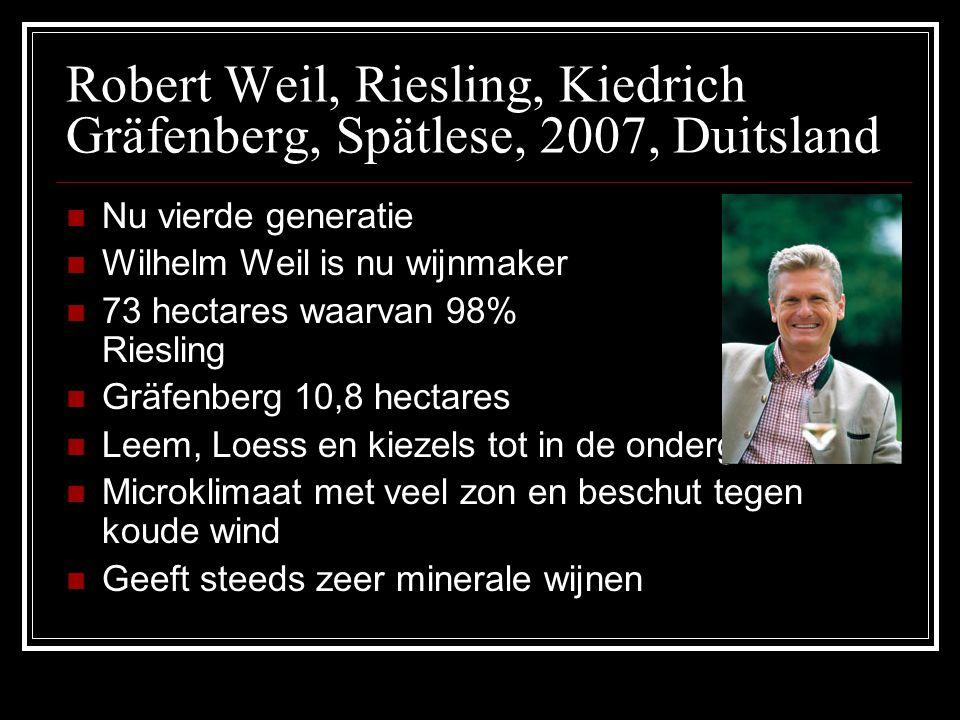 Robert Weil, Riesling, Kiedrich Gräfenberg, Spätlese, 2007, Duitsland Nu vierde generatie Wilhelm Weil is nu wijnmaker 73 hectares waarvan 98% Rieslin