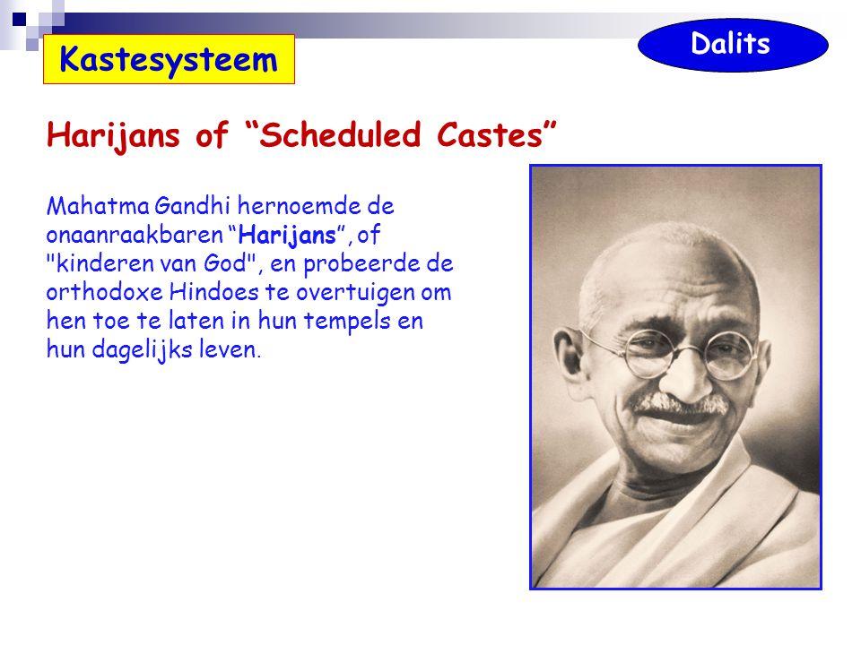 """Harijans of """"Scheduled Castes"""" Mahatma Gandhi hernoemde de onaanraakbaren """"Harijans"""", of"""