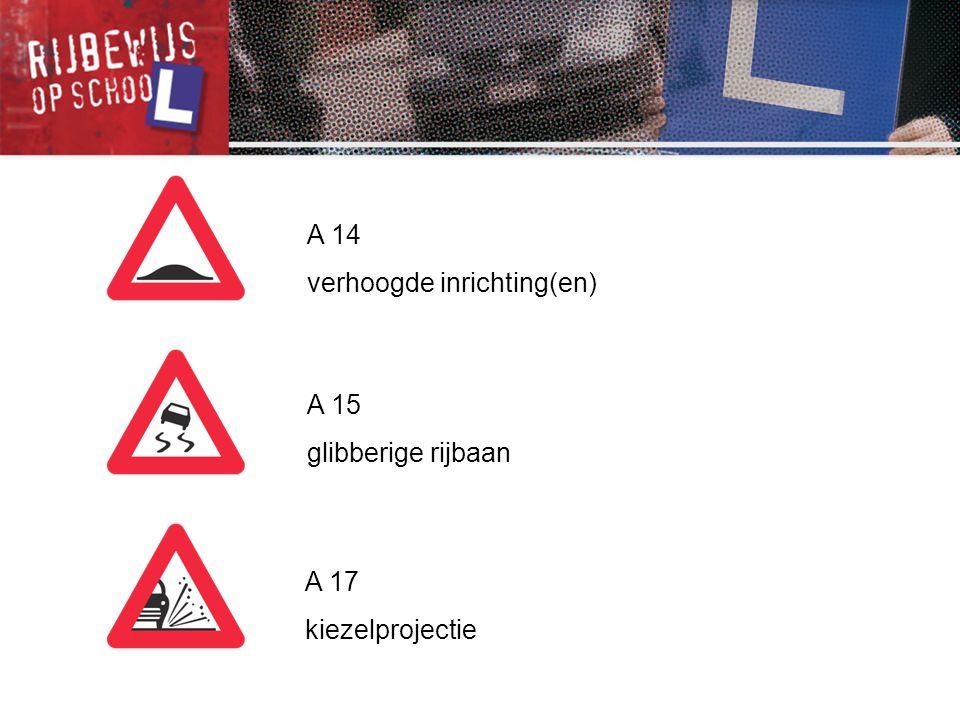 F 17 aanduiding van de rijstroken van een rijbaan met een strook voorbehouden voor autobussen F 18 aanwijzing van een bijzondere overrijdbare bedding, voorbehouden aan het verkeer van voertuigen van geregelde diensten voor gemeenschappelijk vervoer