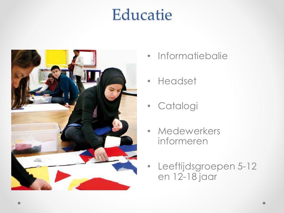Educatie Informatiebalie Headset Catalogi Medewerkers informeren Leeftijdsgroepen 5-12 en 12-18 jaar