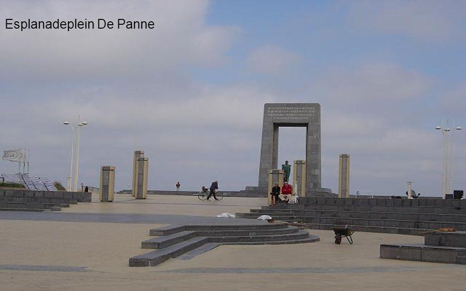 Stadhuis De Panne