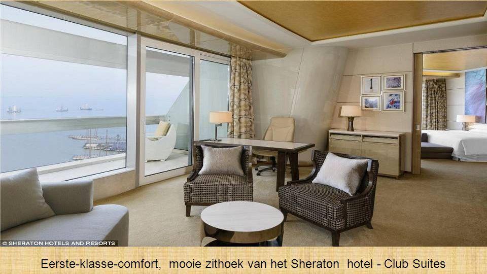 Een van de luxueuse dubbel-bed kamers, met panoramisch uitzicht over het Taihu meer.