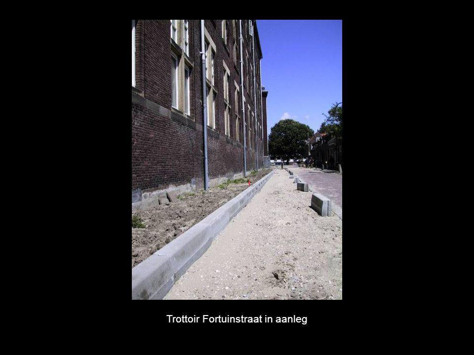 Trottoir Fortuinstraat in aanleg
