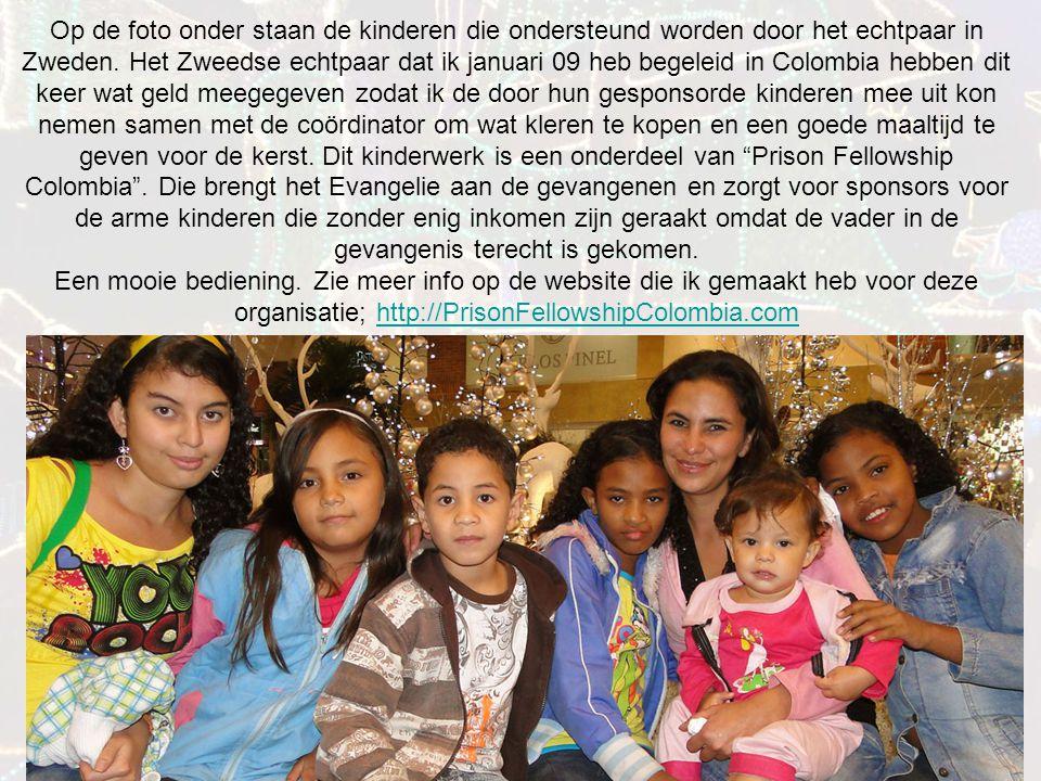 Op de foto onder staan de kinderen die ondersteund worden door het echtpaar in Zweden.
