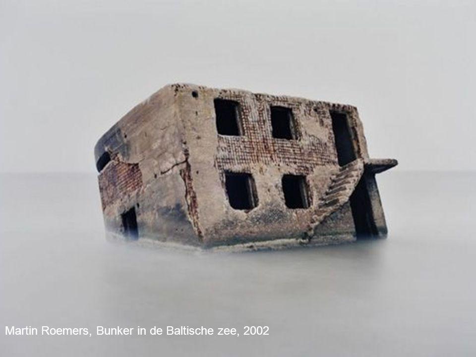 Martin Roemers, Bunker in de Baltische zee, 2002