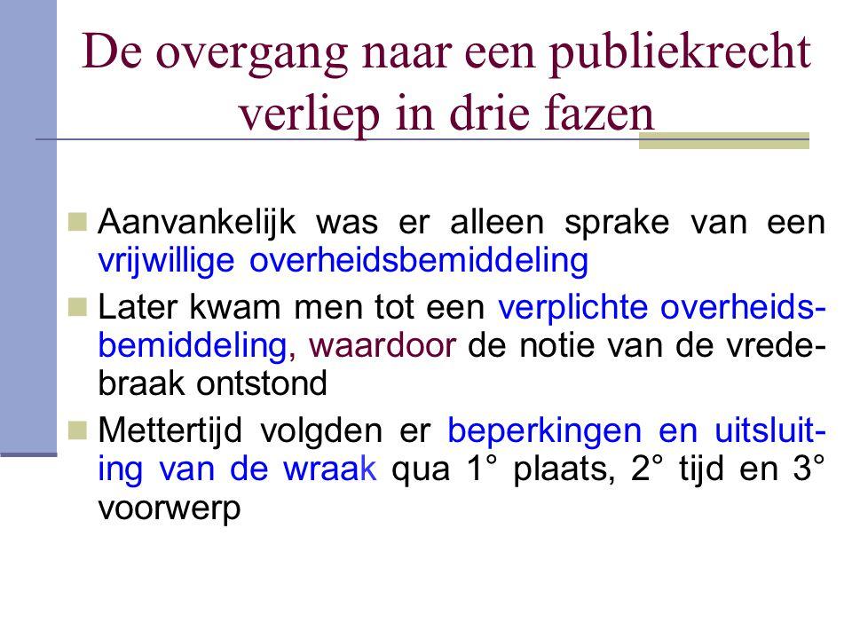 Inquisitie in de Nederlanden Tot 16 de eeuw : pauselijke naast bisschoppelijke inquisiteurs vervolgen meerdere ketters Karel V benoemde keizerlijke inquisiteurs die pauselijke bekrachtiging kregen Deden zelf het gerechtelijk onderzoek : informaties, exa- mens zonder en met tortuur Velden het vonnis : ingeval van berouw een kerkelijke straf, indien niet, overgeleverd aan een wereldlijke rechtbanken Laatste zorgden voor de uitvoering van het vonnis (doodstraf) Bekendste tussen 1545 en 1572 was Pieter Titelmans : circa 1600 gevallen